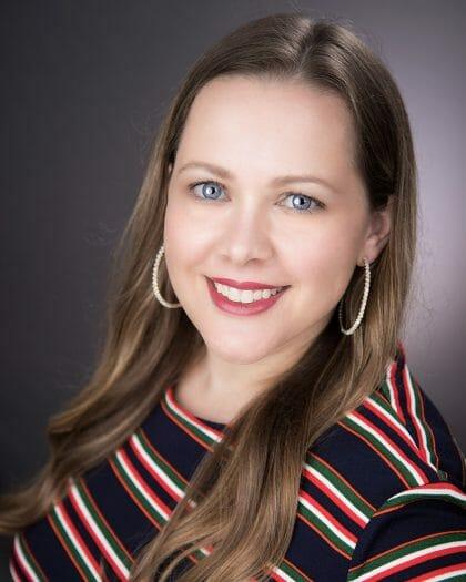 Dr. Faye Crowell Headshot